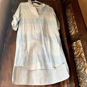 Blue & white summer tunic w/ pockets ❤️